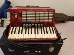 Vende-se acordeon da alemanha marca weltmeister