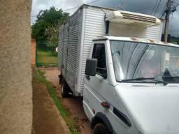 Caminhão Iveco Daily
