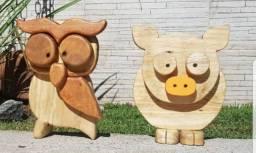 Peça de decoração de madeira