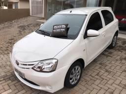 Toyota Etios X 1.3(2015)