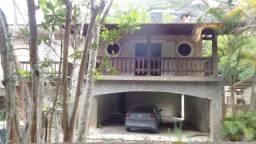 Casa Araras as margens da via principal
