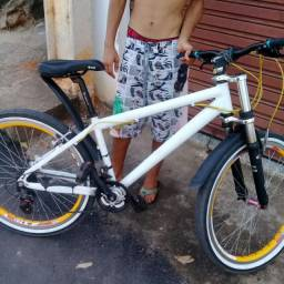 Troco bike por celular bom ou vendo
