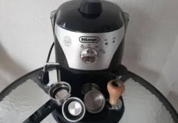 Cafeteira Delonghi EC220 Coffee