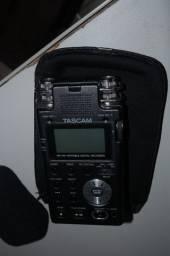 Gravador Tascam DR-100