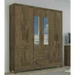 Título do anúncio: Roupeiro 6 porta com pés e espelho