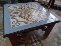 Título do anúncio: Centro entalhado com cerâmica no tampo