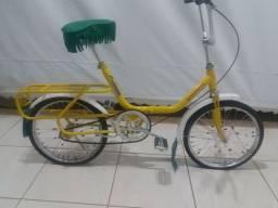 Bicicleta antiga Monareta relíquia