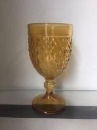 Conjunto com 6 Taças na Cor Âmbar