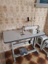 Título do anúncio: Máquina de costura industrial  R$ 800,00