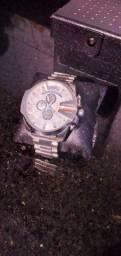 Título do anúncio: Relógios originais DIESEL