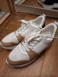 Tênis branco - couro e tecido - marca Usaflex - tamanho 36 - nunca usado