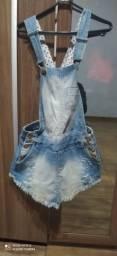 Jardineira jeans feminina short saia tamanho 36