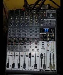 Título do anúncio: Mesa mix BEHRINGER XENYX 1204 FX