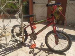 Título do anúncio: OPORTUNIDADE! Bicicleta para criança.