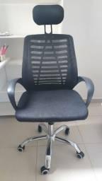 Título do anúncio: Cadeira de escritório Trevalla com encosto de cabeça e braços