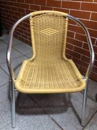 Cadeiras de jardim ou quintal