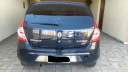 Título do anúncio: Renault Sandero Impecável pegar e andar, carro de senhora.
