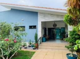Casa em Cond. no Km 13 4 Suítes Espaço Gourmet Piscina