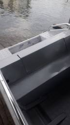 lancha de alumínio