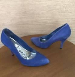 Título do anúncio: Sapato Scarpin Número 37 Iódice Denim