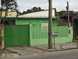 Casa em Alvenaria com edícula em Paranaguá