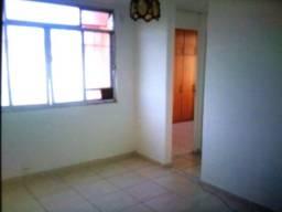 Título do anúncio: Alugo apartamento no condomínio vivenda de Icara í
