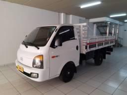 Título do anúncio: Hyundai HR 2019 Turbo Diesel Carroceria de Madeira
