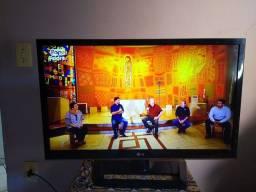 TV LG ( LCD) EM PERFEITO ESTADO.