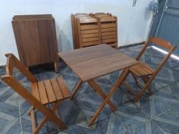 Mesas e Cadeiras, Madeira Maciça
