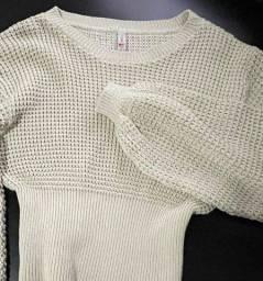 Título do anúncio: blusão tricot com mangas bufantes