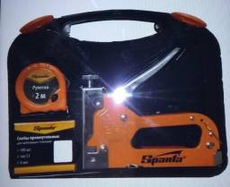 Grampeador manual profissional c/malea e acessórios