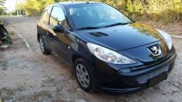 Peugeot 207. Super econômico - 2009