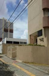 Apartamento em Lagoa Nova, 2 Quartos Sendo 1 Suíte, Vizinho ao Colégio CEI da Av. Romualdo