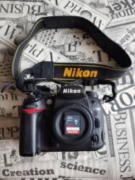 Câmera DSLR Nikon D7000 + SD 32GB