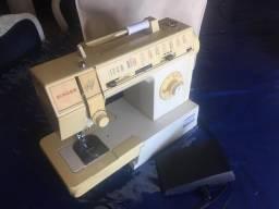 Excelente máquina de costura Singer Prêt à Porter
