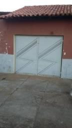 Casa no Bairro Piçarra próximo a Av Miguel Rosa