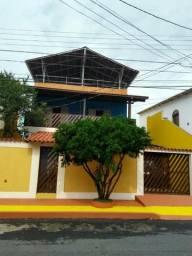 Casa Duplex em Hélio Ferraz / Serra