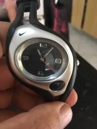 21208157220 Relógio Nike original