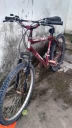 Bicicleta e um selular motorola s5