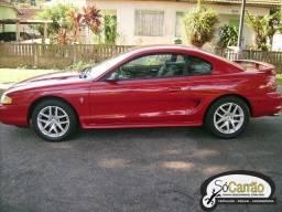 Mustang vermelho 1995 V 6