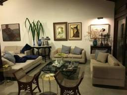Excelente casa em Apipucos, 400 m², 4 qtos, 5 v
