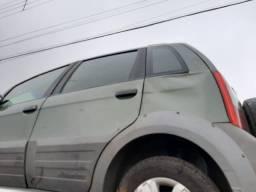 Vendo Fiat IDEA 2010 1.8 Mpi Adventure Locker Batido