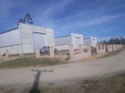Alugo/Vendo barracão frente BR 116 Lages SC