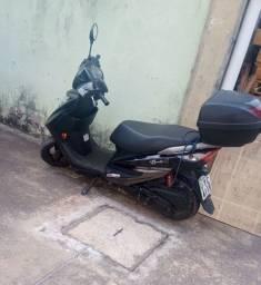 Moto Suzuki lindy 125