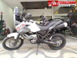 Yamaha Tenerê 660 branca 2013 troco por moto