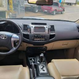 Hilux-SW4-2015