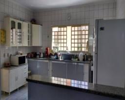 Casa à venda com 3 dormitórios em Capuava, Valinhos cod:CA004195
