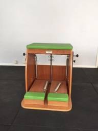 Vende-se aparelhos de pilates Cadillac, Reformer e Chair (Barril vai de ?brindi?)