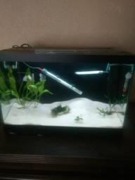 Vendo aquário completo 82 litros