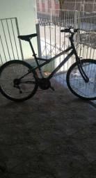 Bicicleta Caloi Montana em ótimo estado